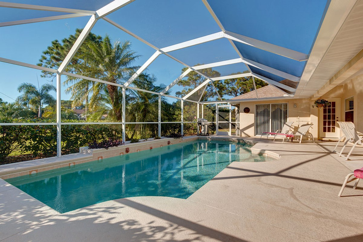 Rotonda West Vacation Rental Pool Area